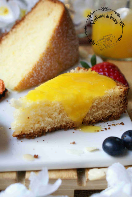 Torta all'arancia senza glutine con crema all'arancia