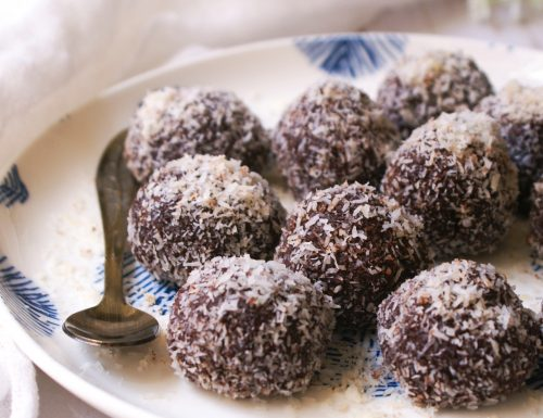 Coconut fudge balls, vegan & gluten free