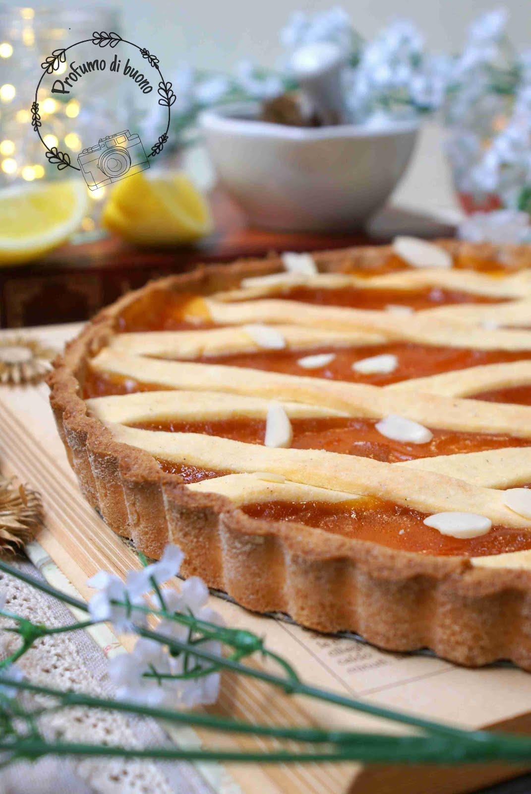 Crostata classica senza glutine ripiena di marmellata di albicocche