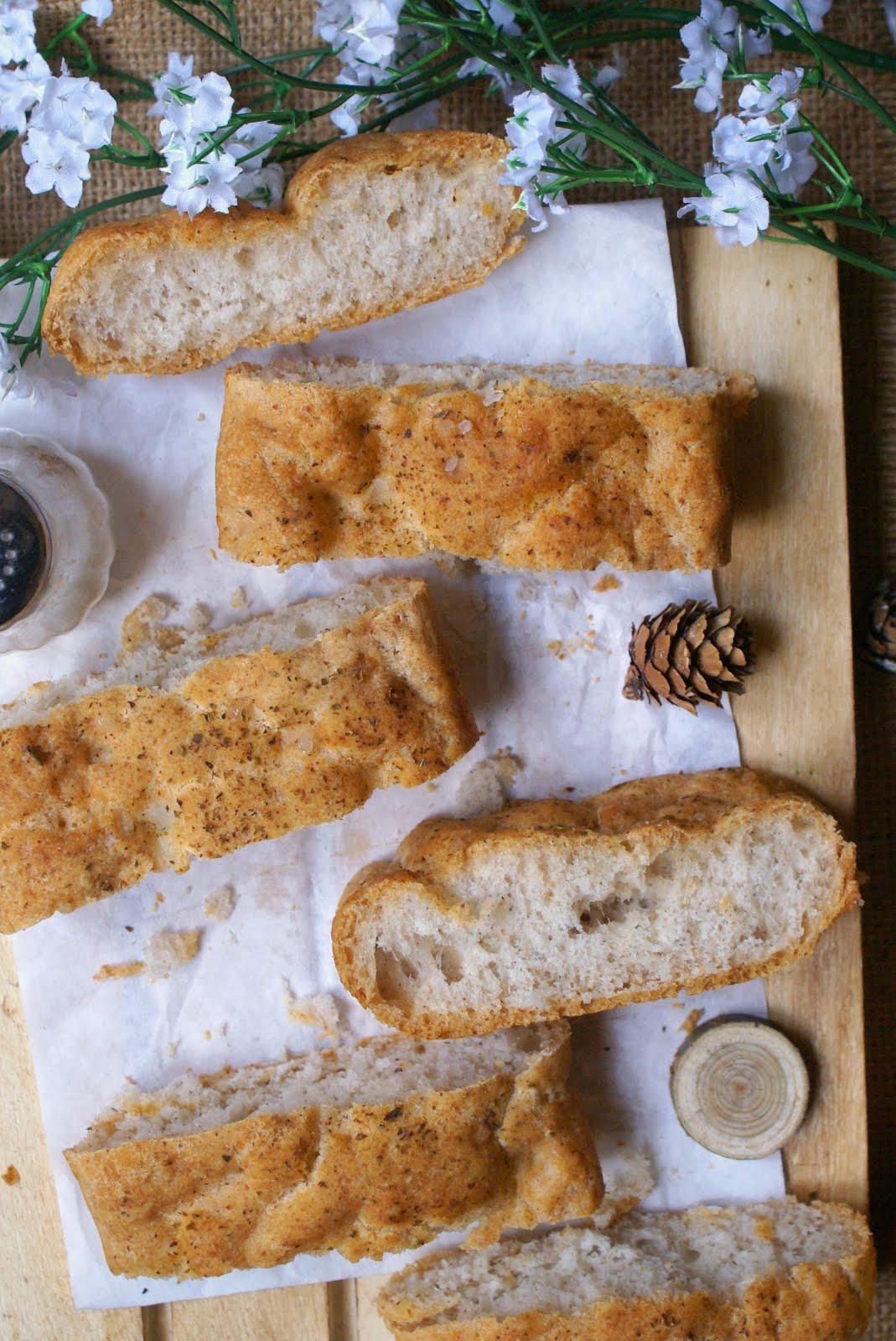 Focaccia bianca integrale senza glutine all'origano