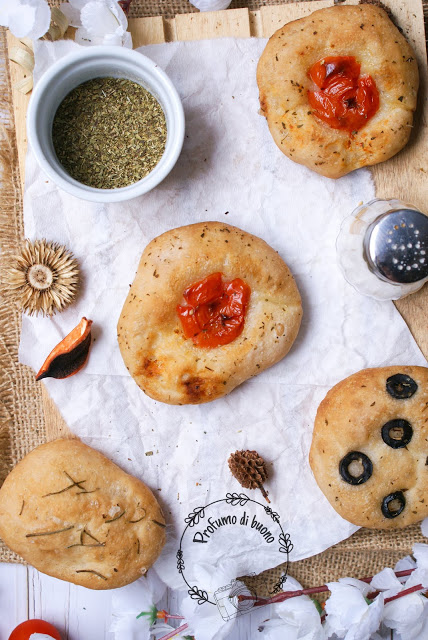 Gluten free focaccia with tomatoes