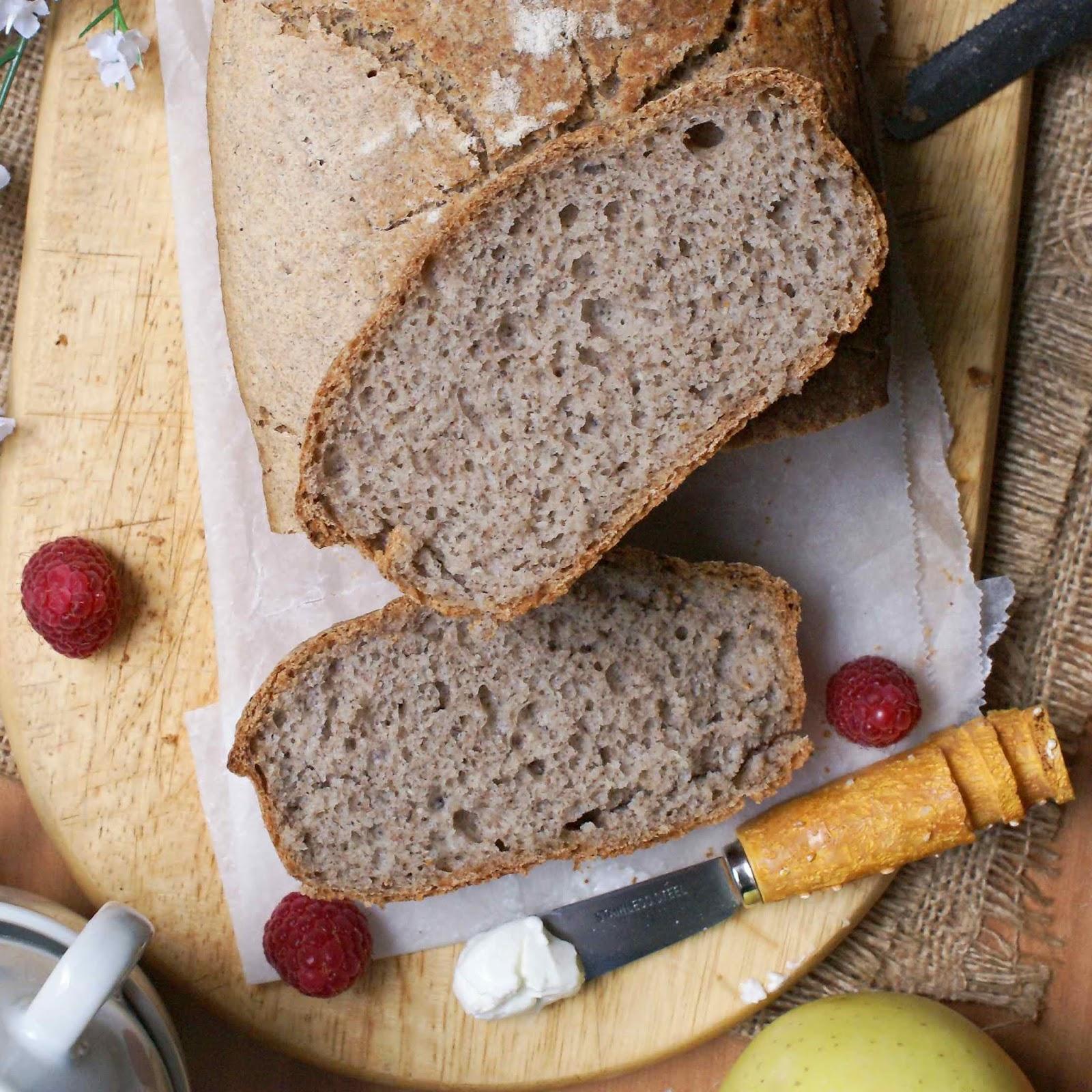 Pane integrale semplice senza glutine