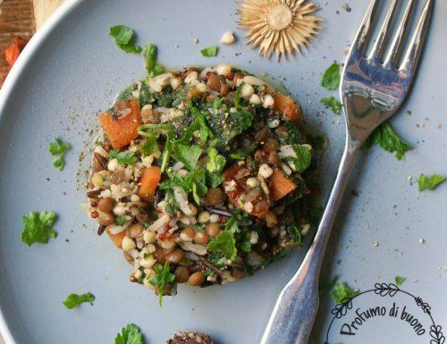Insalata di cereali, lenticchie e spinaci