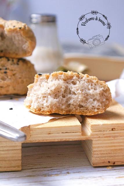 Panini integrali sena glutine con farine naturali e semi di sesamo