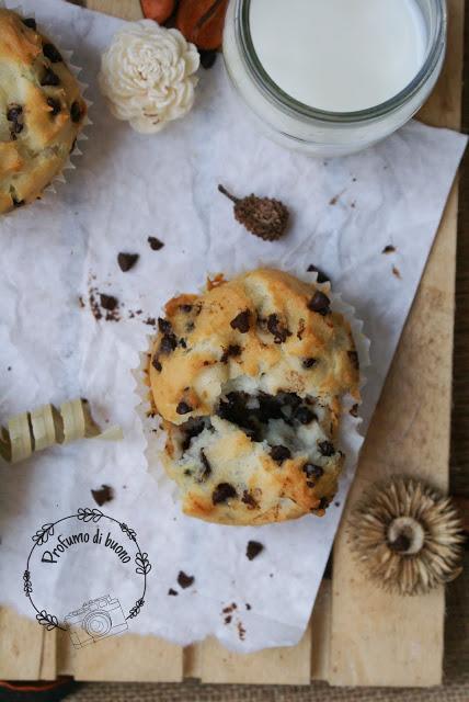 Muffin vegan senza glutine con gocce di cioccolato