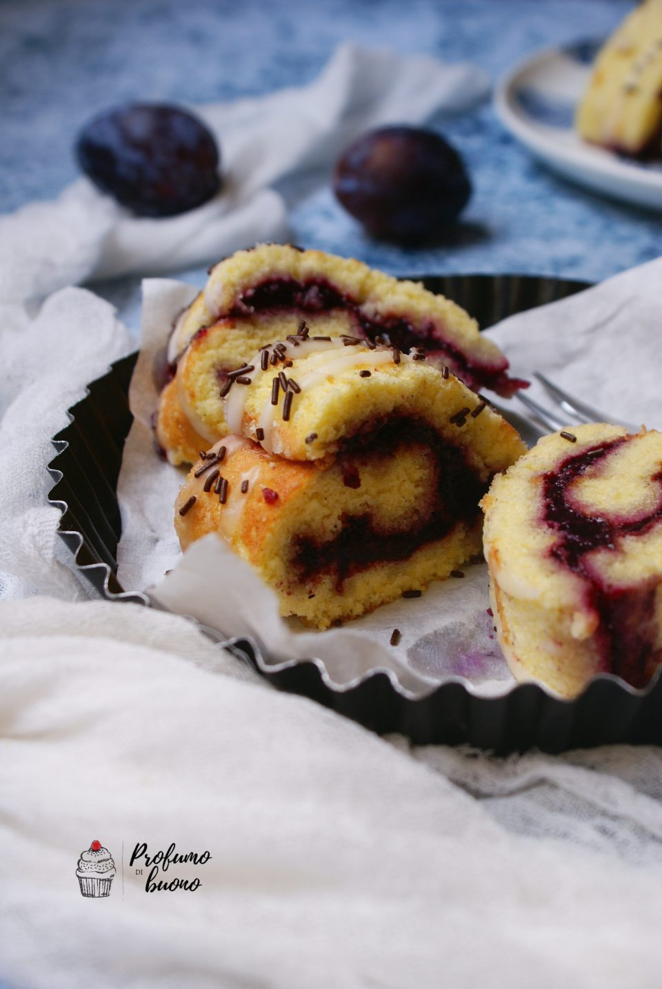 Swivels gluten jam of berries with lemon frosting and chocolate tails