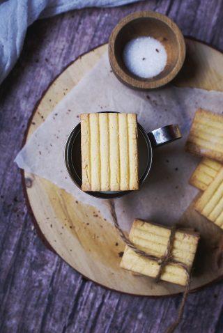 Biscotti con la pasta frolla della crostata  senza glutine