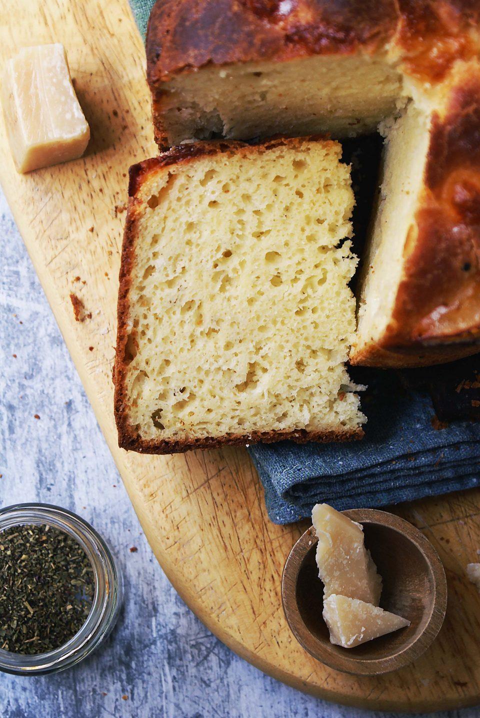 Torta al formaggio senza glutine con lievito madre