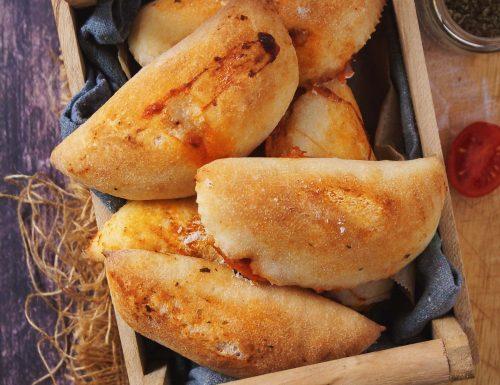 Panzerotti senza glutine cotti al forno