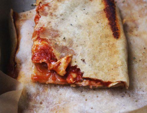 Rustico senza glutine con pomodoro e formaggio