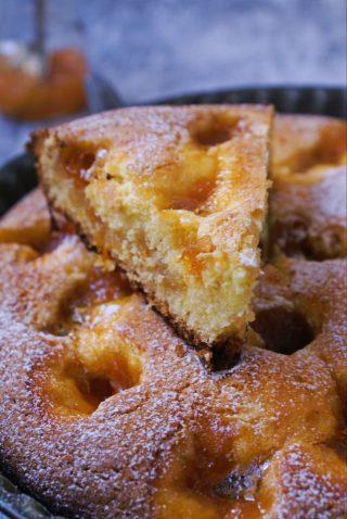 Crostata morbida alla marmellata di albicocche senza glutine